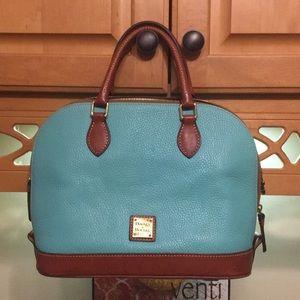 Dooley & Bourke hang bag with duster